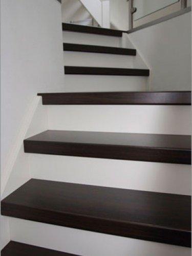 Prachtige trap gerenoveerd in Veghel