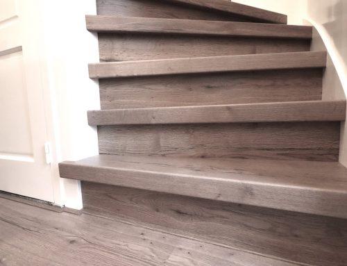 Zandstralen om je houten trap een nieuw leven te geven